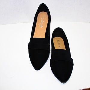 Shoes - 🖤 CLASSIC BLACK FLATS🖤